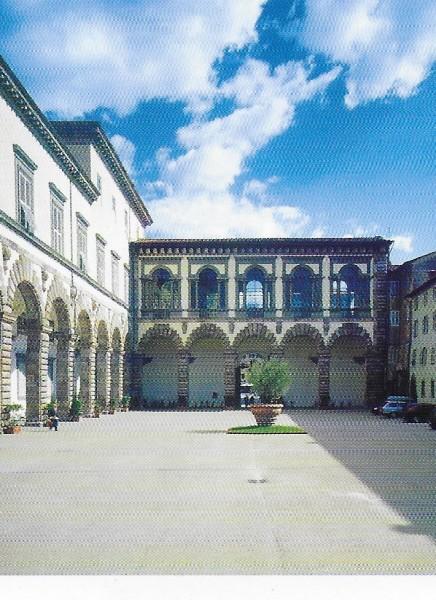 26-palazzo-pubblicodi-lucca-cortile-degli-svizzeri-e-loggia-dellammannati
