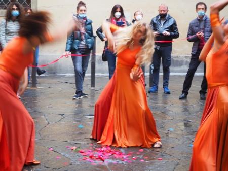 7-la-cerimonia-della-danza-allinaugurazione-della-mostra