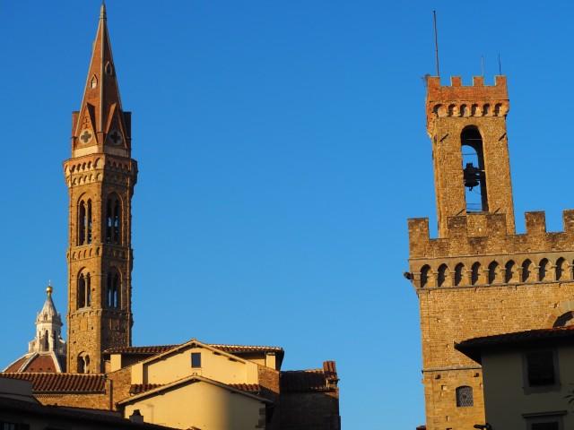 117-campanile-della-badia-e-torre-del-bargello