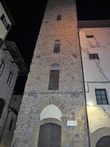 152-torre-della-castagna-aangolo-di-via-dante-alichieri