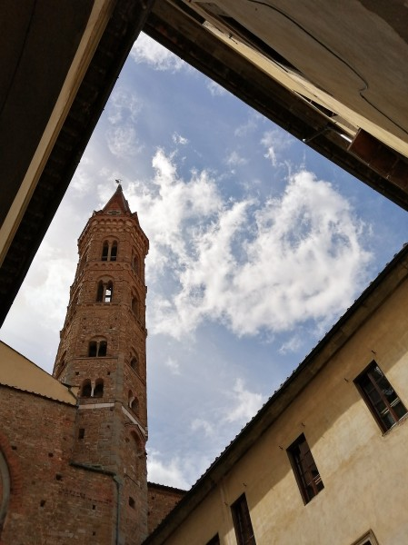 13-campanile-della-badia